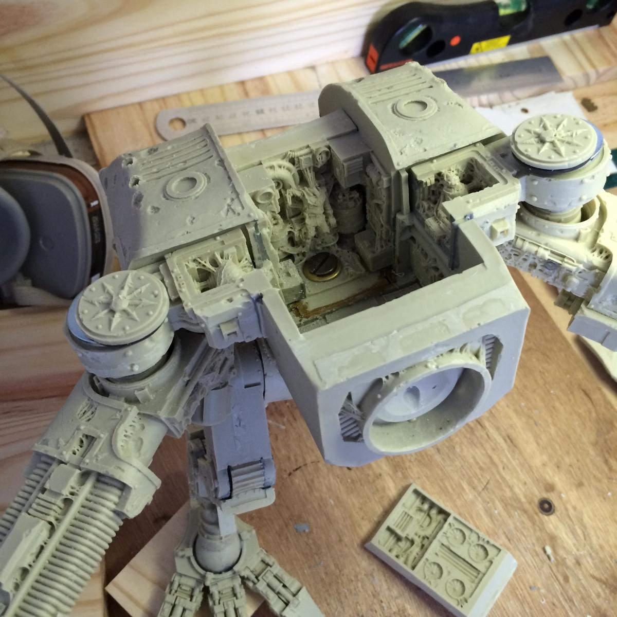 Warhound Titan Part 4: torso assembly