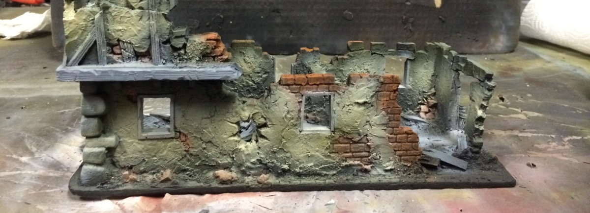 Malval table – Ruined buildings painting